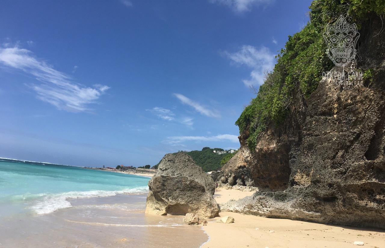 Парни на пляже фото торс